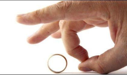 درخواست طلاق از طرف مرد (شوهرم دادخواست طلاق داده