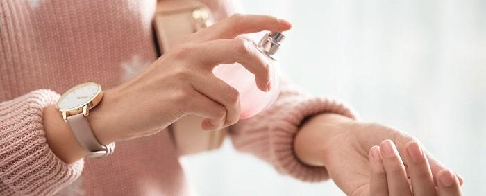 استفاده از عطر های خوش بو برای دلتنگ کردن مرد