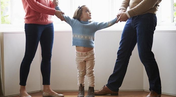 طلاق با وجود فرزند چه زمانی ریسک کمتری را با خود به همراه دارد