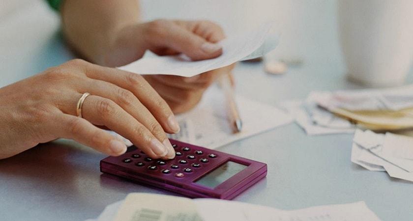تا زمانی که به استقلال مالی نرسیدهاید، از شوهرتان جدا نشوید